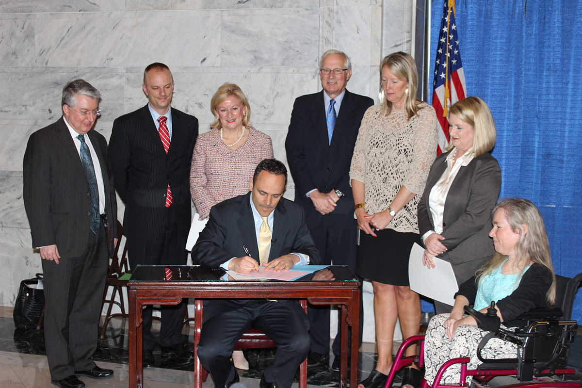 Governor Bevin Signs for Autism Awareness